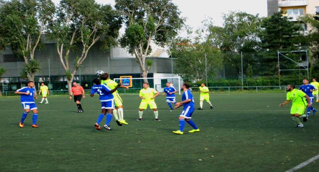 SC Dinamo Helfort Spiel 1150 Wien Fußball Österreich Kopie